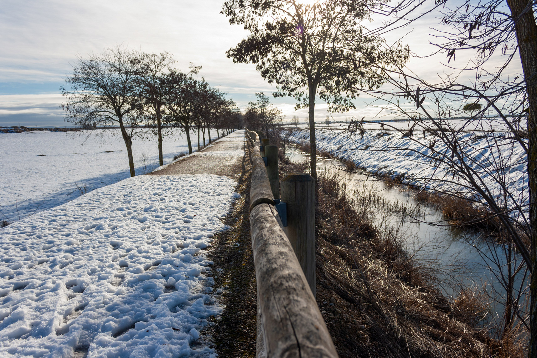 camino-canal-acequion